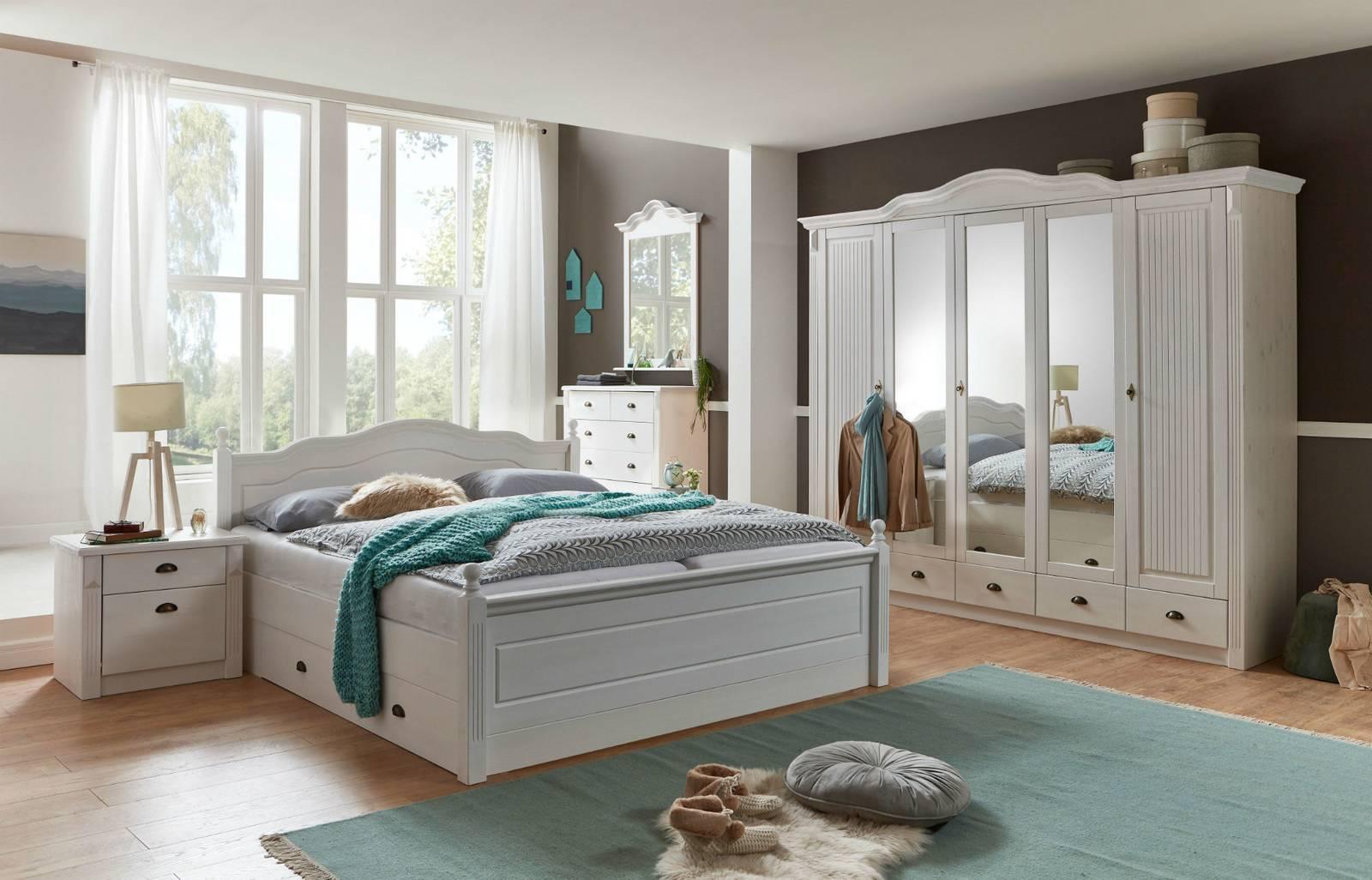 Schlafzimmer aus Massivholz zum günstigen Preis, frei Haus geliefert